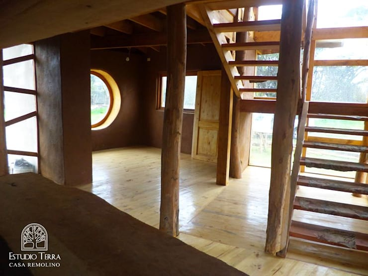 Corridor & hallway by Estudio Terra Arquitectura & Patrimonio