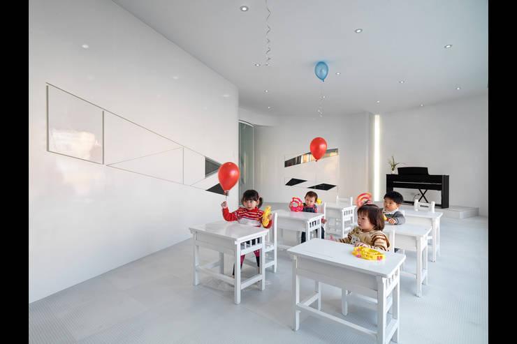 人動試驗:  嬰兒房/兒童房 by 築築空間