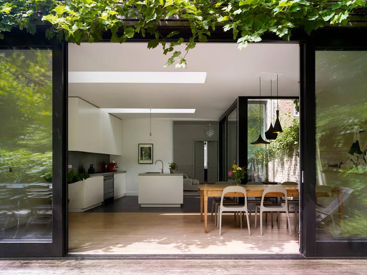 villa 1:  Terras door White Door Architects