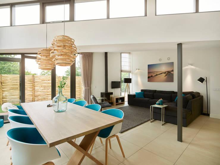 Duingolf Ameland:  Eetkamer door Hinabaay, Modern