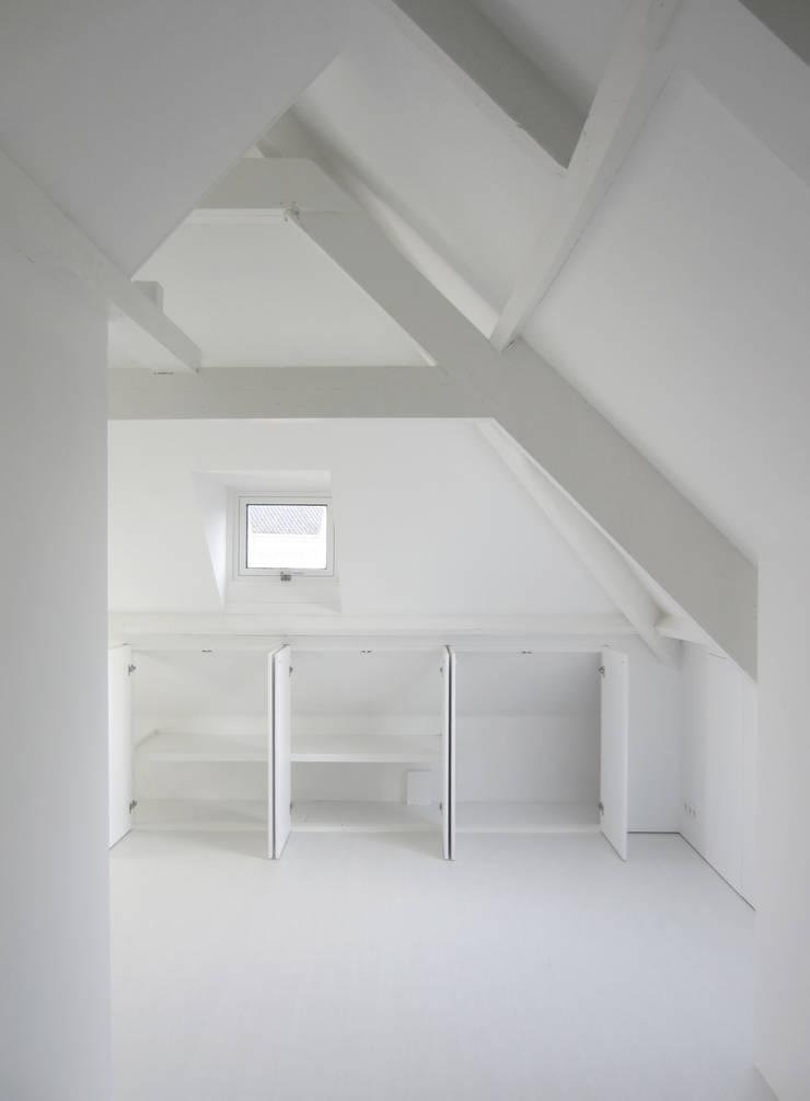 Slaapkamer door Urban Pioneers, Modern