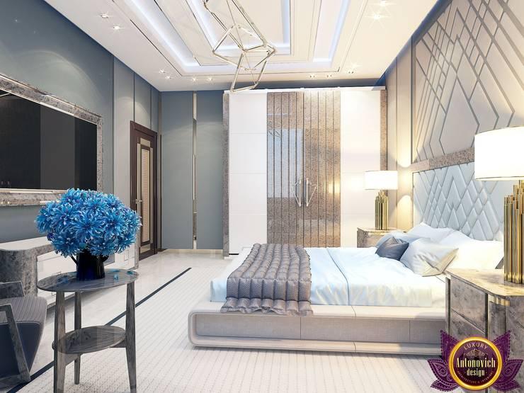 Contemporary style in interiors of Katrina Antonovich:  Bedroom by Luxury Antonovich Design