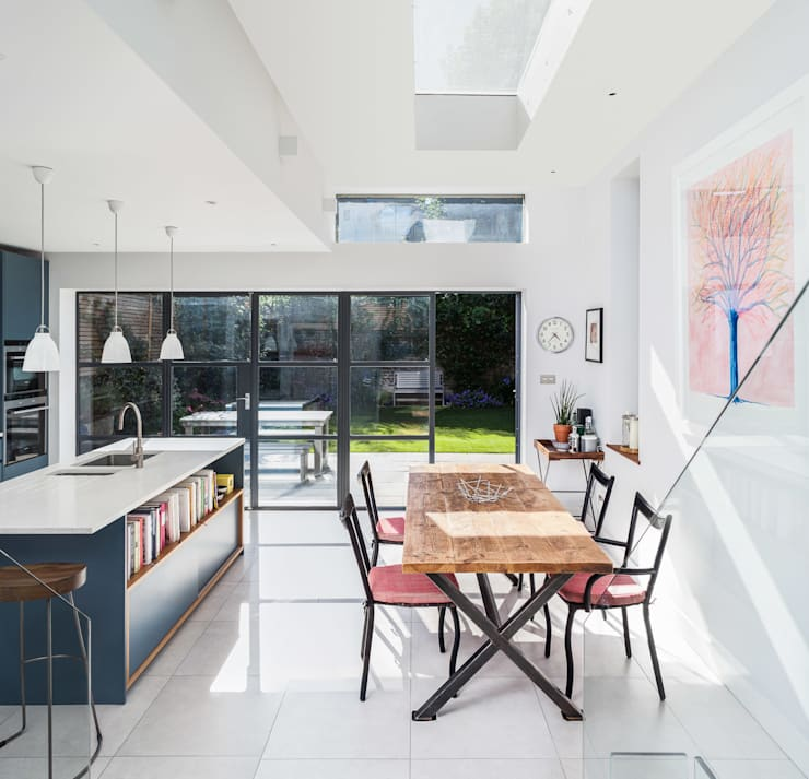 Slot House, London W12:  Dining room by AU Architects