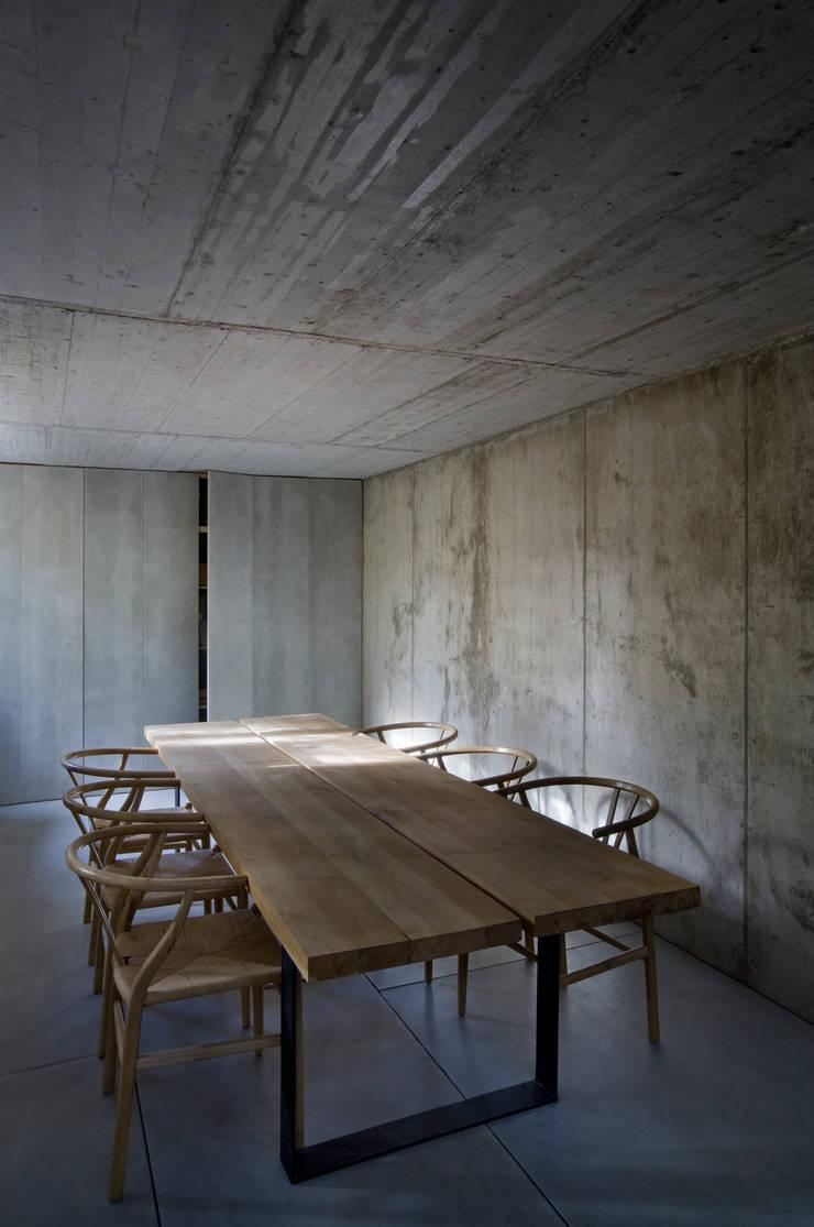 根據 ÁBATON Arquitectura 現代風