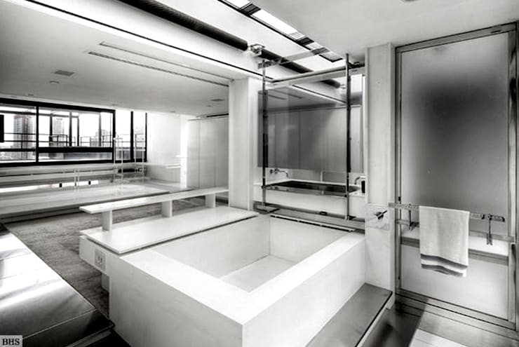 Bathroom - Historic Preservation - Paul Rudolph Estate 現代浴室設計點子、靈感&圖片 根據 Joe Ginsberg Design 現代風