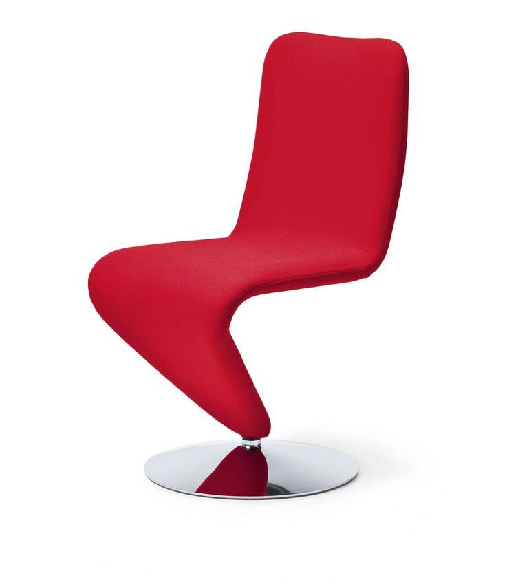 Cadeiras modernas Modern chairs www.intense-mobiliario.com  12F http://intense-mobiliario.com/pt/cadeiras-metalicas/11030-cadeira-12f.html : Sala de jantar  por Intense mobiliário e interiores;,