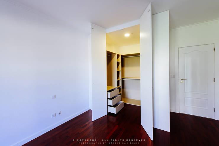 modern Bedroom by NOVACOBE - Construção e Reabilitação, Lda.