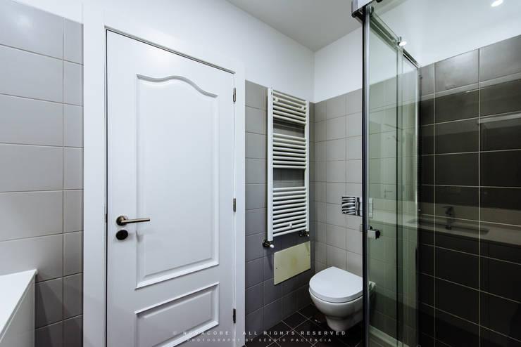 modern Bathroom by NOVACOBE - Construção e Reabilitação, Lda.