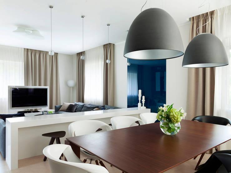 Dining room: modern Dining room by Telnova Julia
