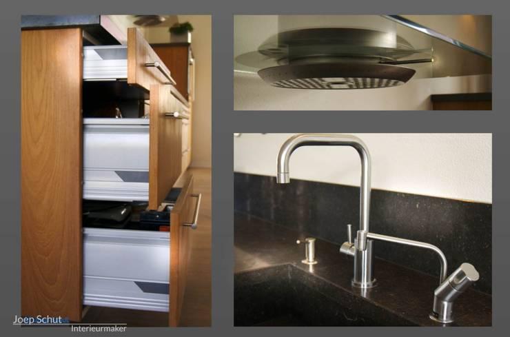 Handgemaakte maatwerkkeuken, teak met Belgisch hardstenen werkblad:  Keuken door Joep Schut, interieurmaker, Modern Hout Hout