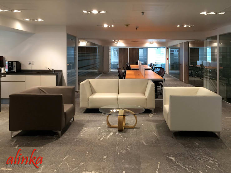 Offices & stores by Alinka Interiorismo
