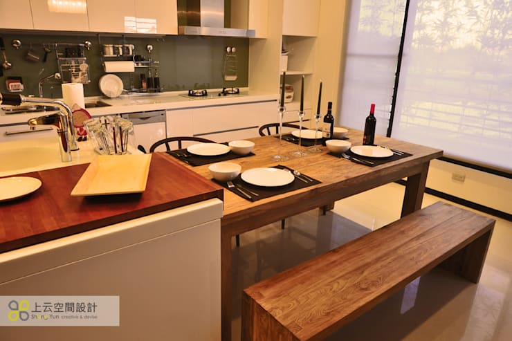 Scandinavian style dining room by 上云空間設計 Scandinavian
