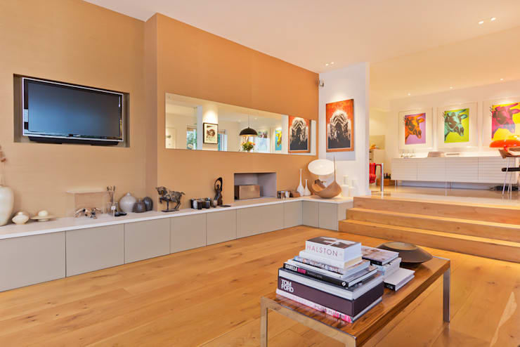 Contemporary Spaces:  Living room by Neil Mac Photo
