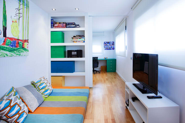 modern Nursery/kid's room by Gemmalo arquitectura interior