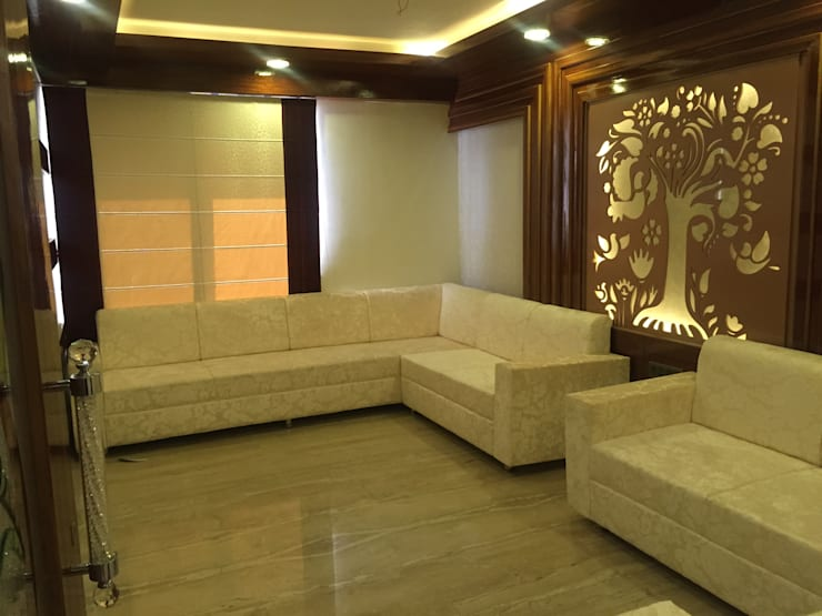 MR. NANDESH KATTA'S RESIDENCE: asian Living room by cosmos collection