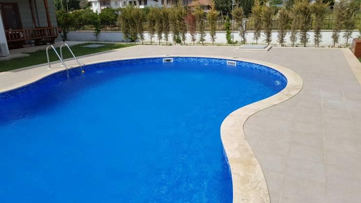 Ka Mühendislik (Bodrum) – yüzme havuzu:  tarz Oteller