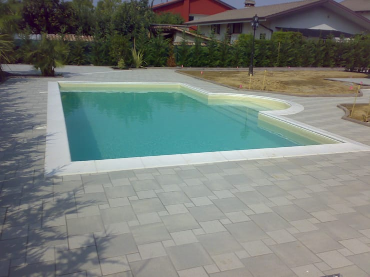 Quanto costa veramente una piscina in giardino?