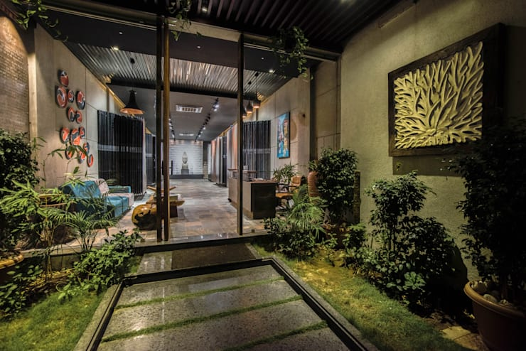 Entrance: rustic Study/office by RUST the design studio