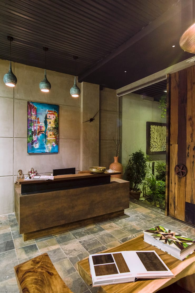Reception: rustic Study/office by RUST the design studio
