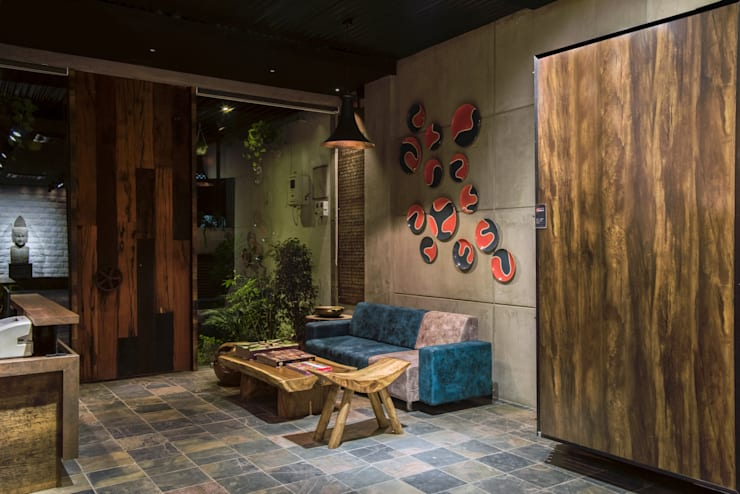 Waiting: rustic Study/office by RUST the design studio