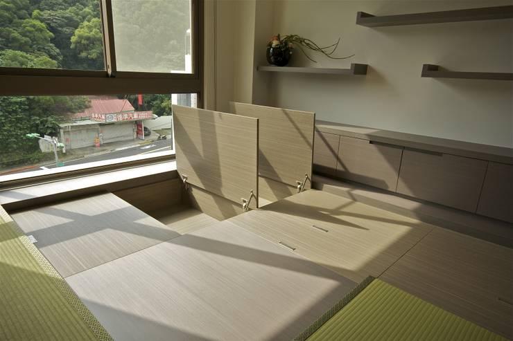 木柵林:  書房/辦公室 by 觀林設計