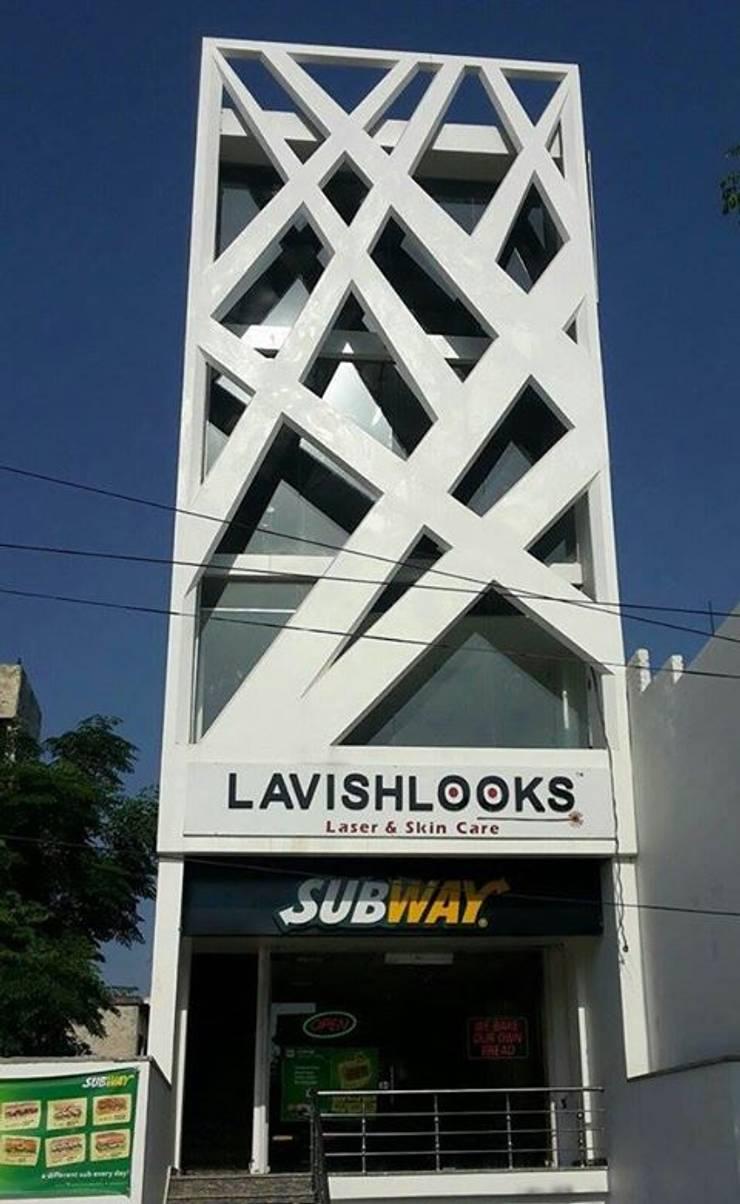 Commercial space at Phagwara:   by Gagan Architects