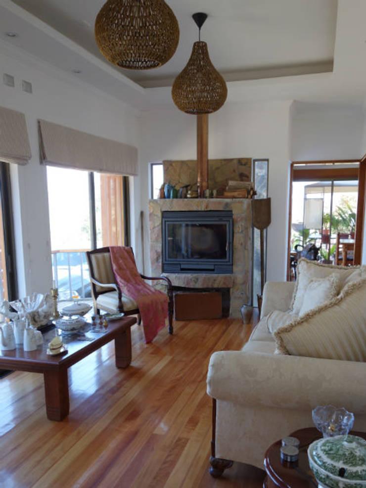 Vivienda L52 Fundo Loreto, La Serena.: Livings de estilo  por Territorio Arquitectura y Construccion - La Serena