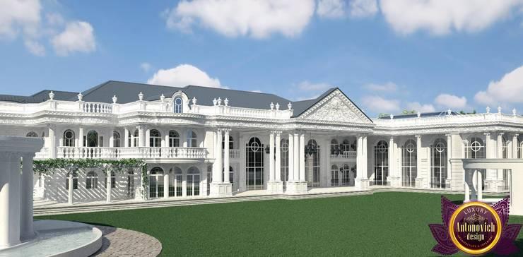 The best exteriors design of architect Katrina Antonovich:  Houses by Luxury Antonovich Design, Asian