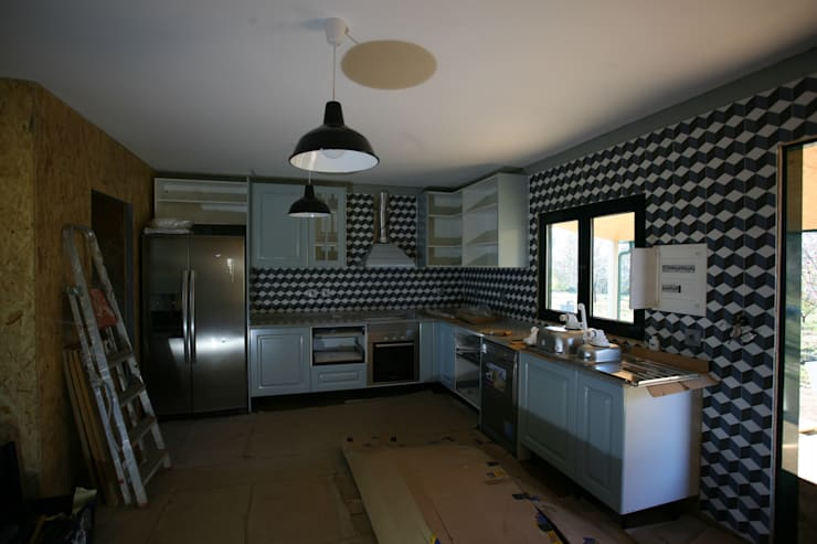 廚房 by Cosquel, Sociedade de Construções Lda