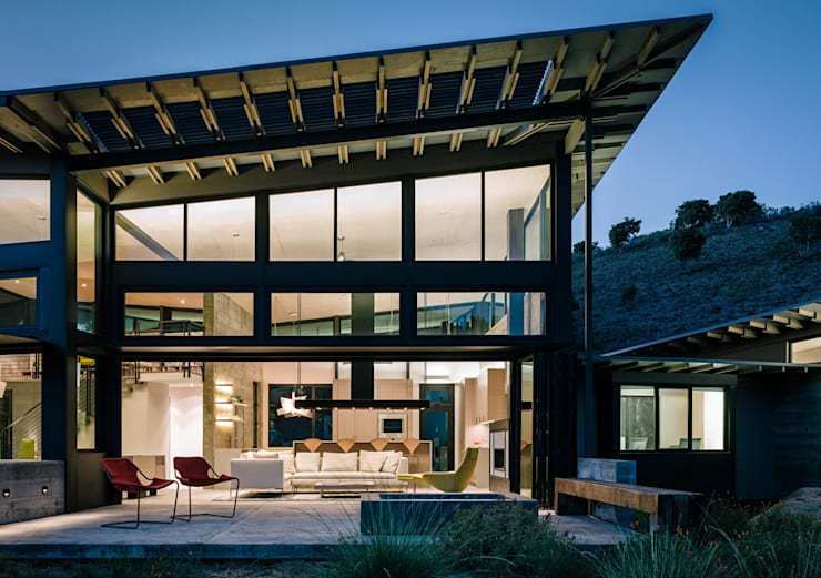 Butterfly House: modern Houses by Feldman Architecture