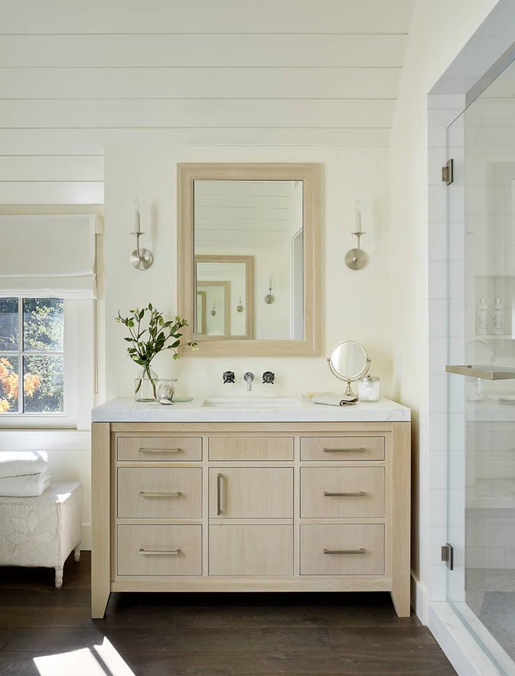 The Grange:  Bathroom by Feldman Architecture