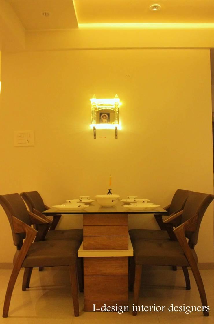 3bhk:  Dining room by I - design interior designer's ,Modern Wood Wood effect