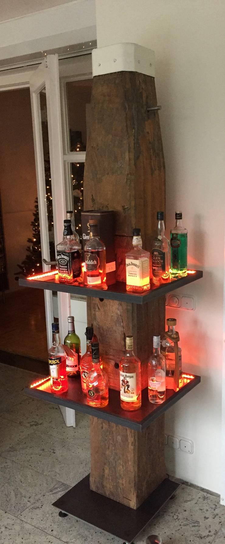 Drankpaal.:   door WE-Maatdesign, Industrieel Hout Hout