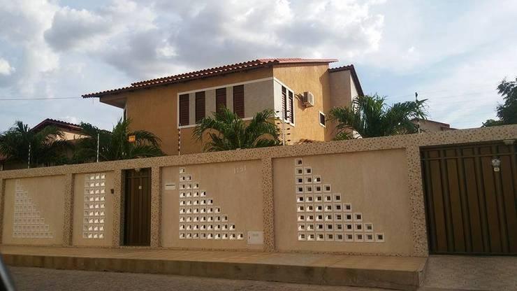 Casas de estilo  por Moderna Arquitetura Brasil
