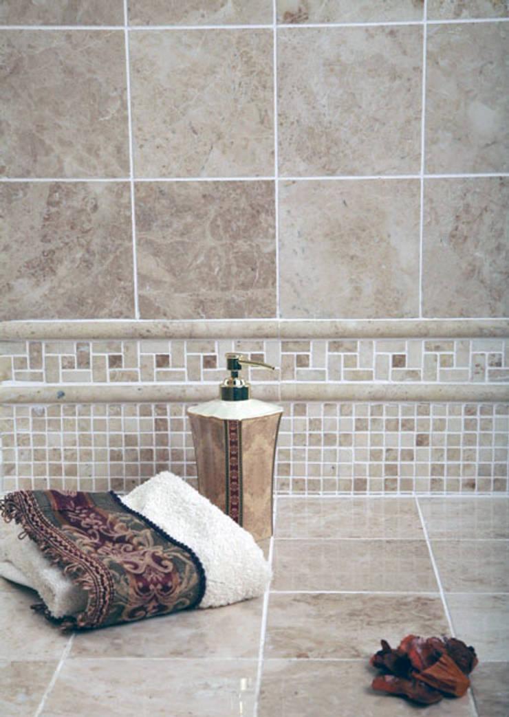 Baños de estilo  de Fade Marble & Travertine