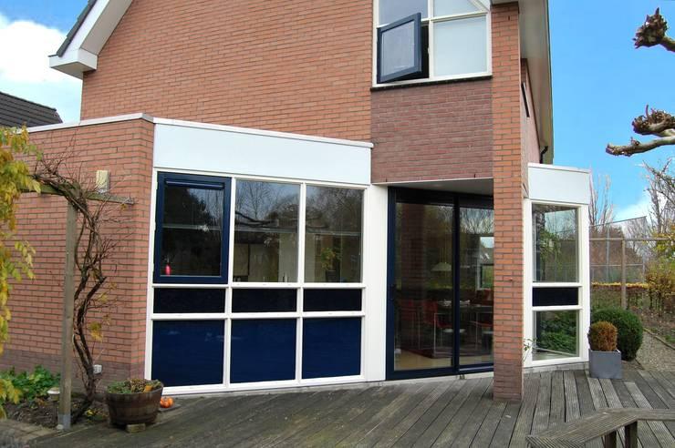 Houses by Gradussen Bouwkunst & Interieurarchitectuur BNA BNI, Modern