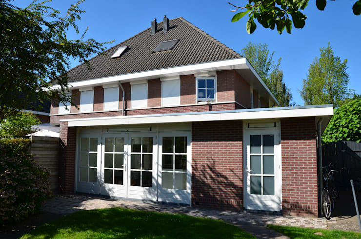 UITBREIDING WONING:  Huizen door Gradussen Bouwkunst & Interieurarchitectuur BNA BNI, Modern
