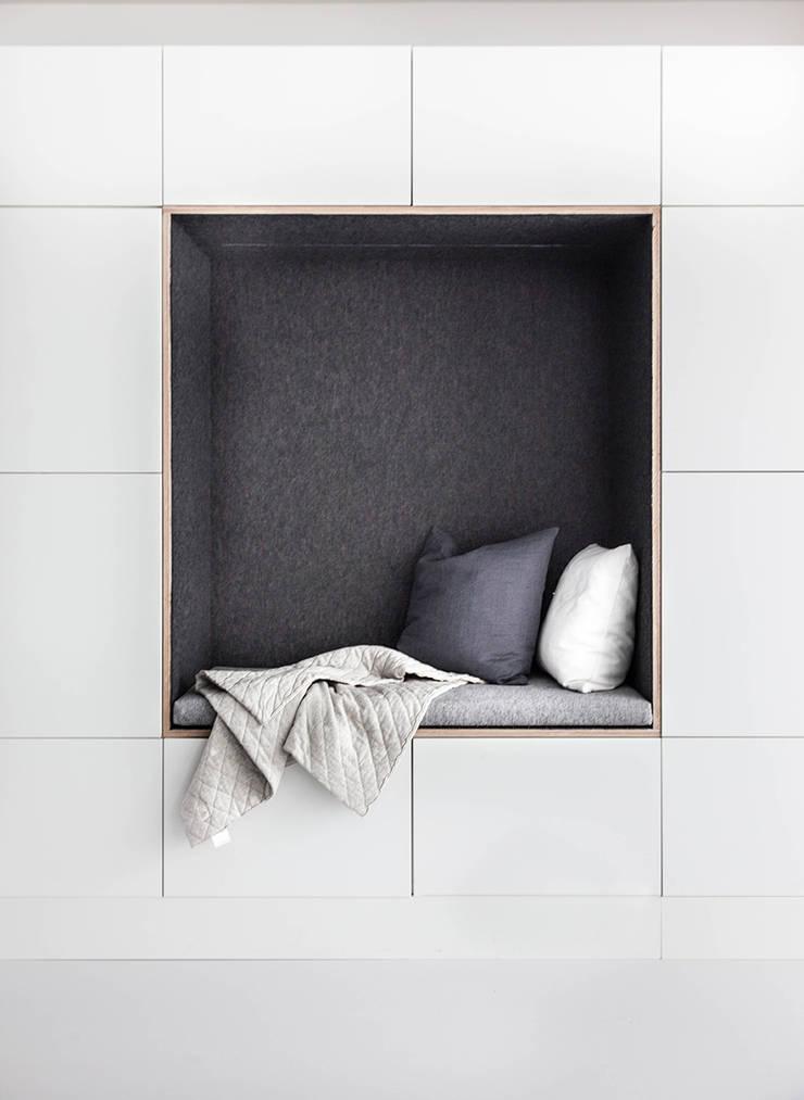 Woonhuis | Leiden :  Woonkamer door Design Studio Nu, Scandinavisch MDF