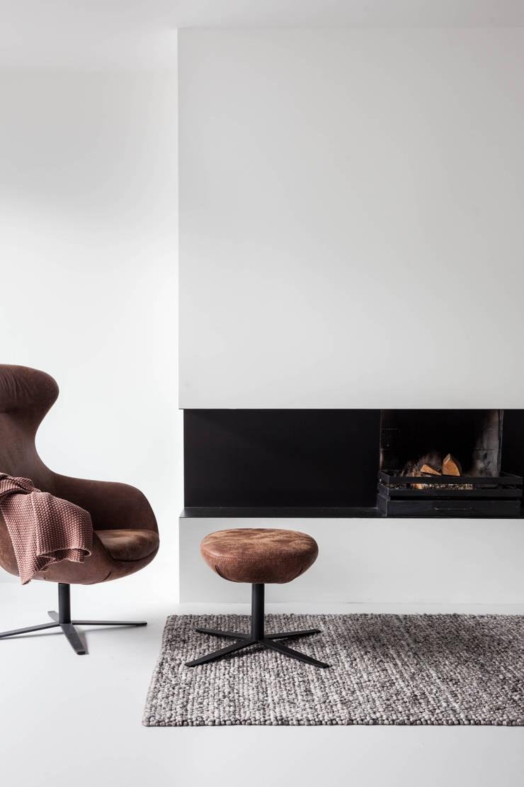 Woonhuis | Leiden:  Woonkamer door Design Studio Nu, Scandinavisch Metaal