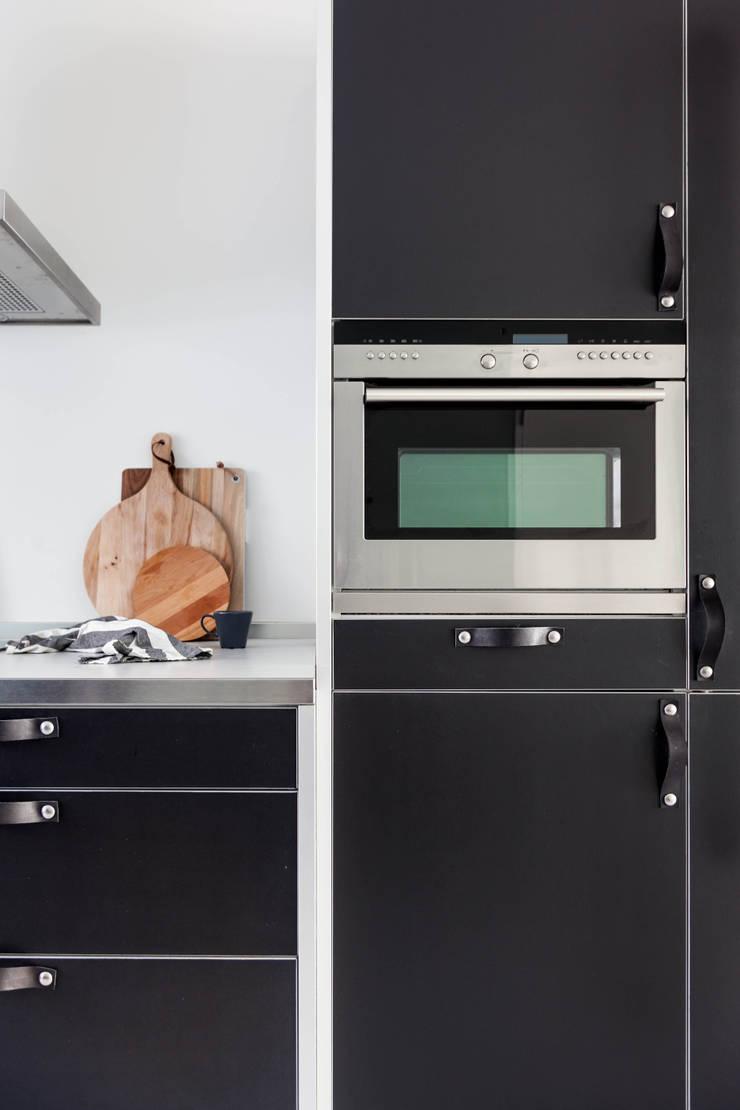 Woonhuis | Leiden:  Keuken door Design Studio Nu, Scandinavisch Hout Hout