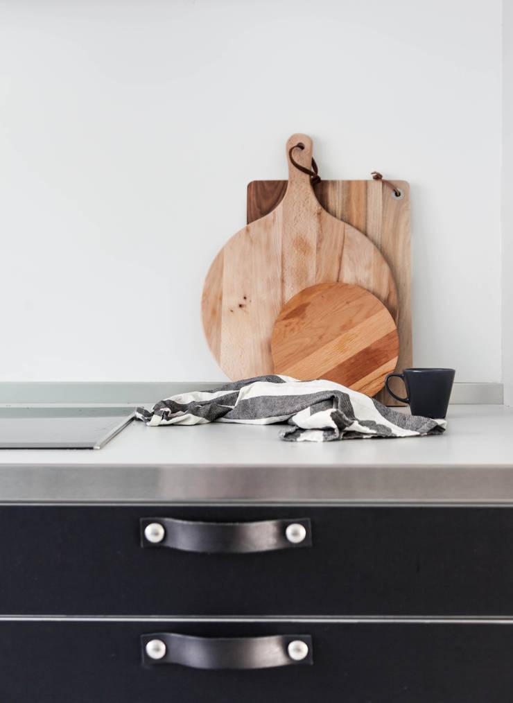 Woonhuis | Delft:  Keuken door Design Studio Nu, Scandinavisch Hout Hout