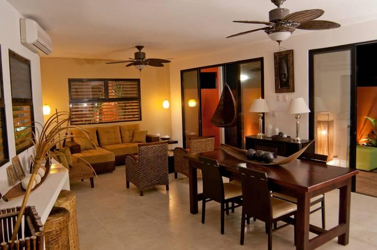 proyecto y obra  casa habitacion: Comedor de estilo  por FRACTAL CORP Arquitectura