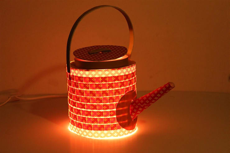 Paper kettle:  Dining room by aanchal handicrafts,Asian