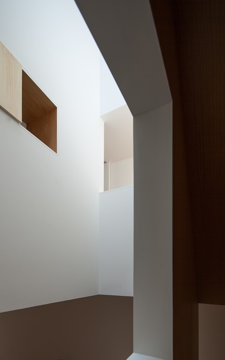 Casa Boavista: Corredores e halls de entrada  por Pablo Pita Architects,Minimalista