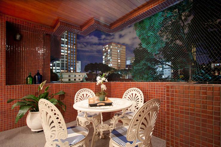 室內景觀 by Katalin Stammer Arquitetura e Design