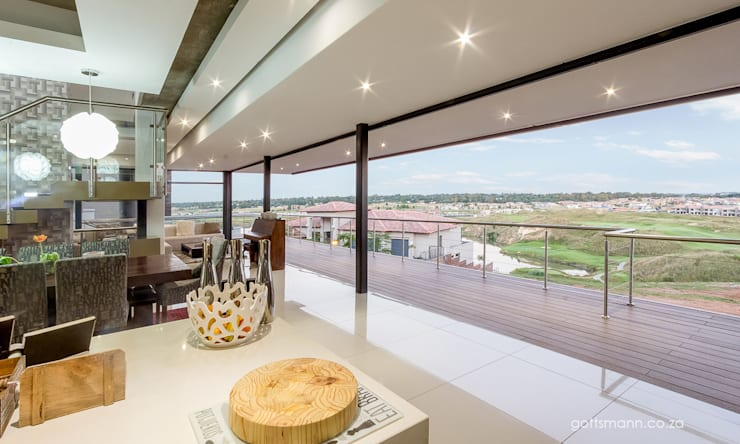 Kitchen by Gottsmann Architects, Modern Glass