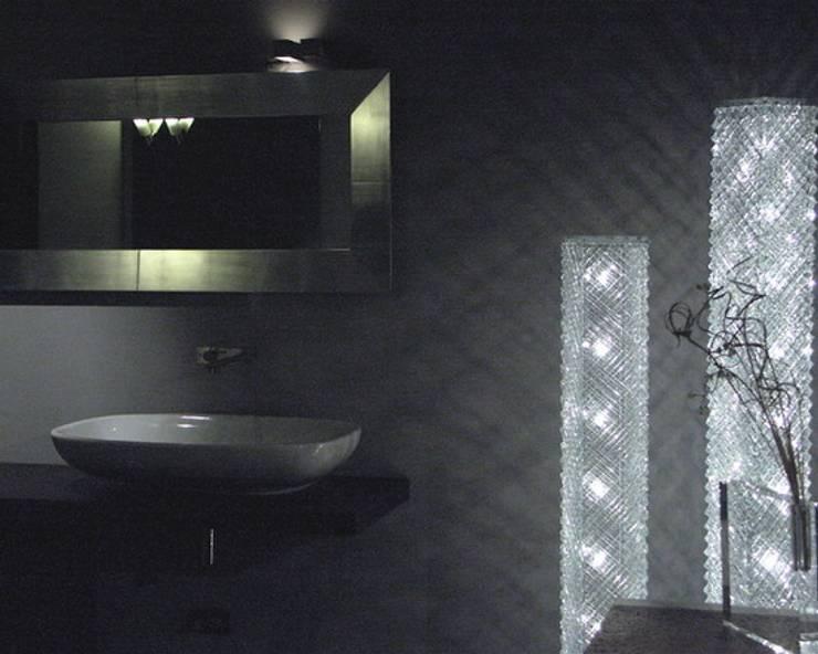 modern Bathroom by Le Meduse s.a.s.