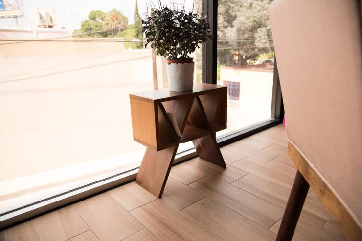 Departamento muestra Torre de Piedra : Comedor de estilo  por DODA Arquitectura + Diseño