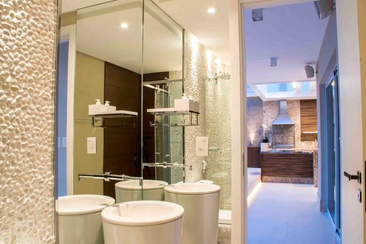 ห้องน้ำ โดย Rosset Arquitetura, โมเดิร์น