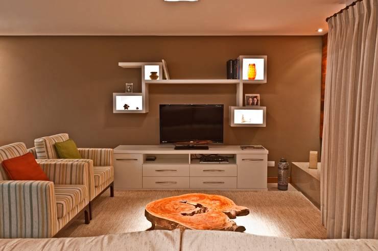 Salones de estilo  por Katalin Stammer Arquitetura e Design